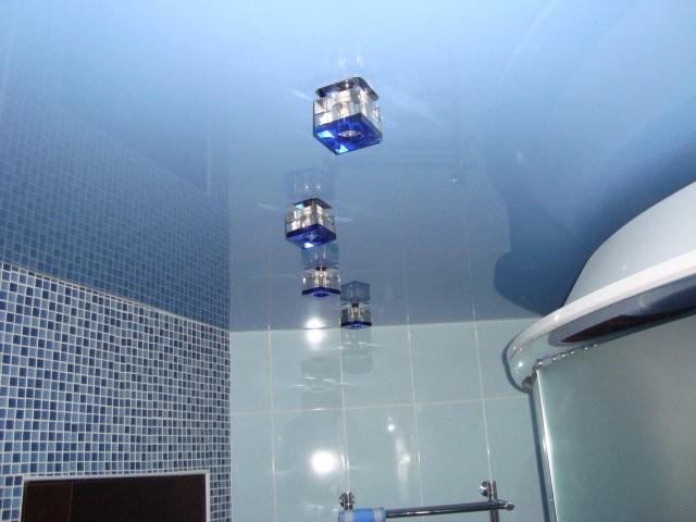 310 Натяжной потолок в ванной - как сделать своими руками