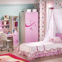 618 Мебель детской комнаты для девочки