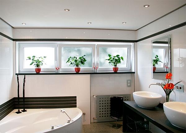 Подвесной потолок в ванной комнате: виды, особенности, советы по установке
