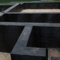 1827 Обмазочная гидроизоляция фундамента