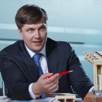 10784 Глава Правительства РФ Дмитрий Медведев утвердил льготную ипотеку на деревянные дома