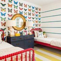 17493 Интерьер спальни с обоями двух видов: как сочетать оттенки и узоры