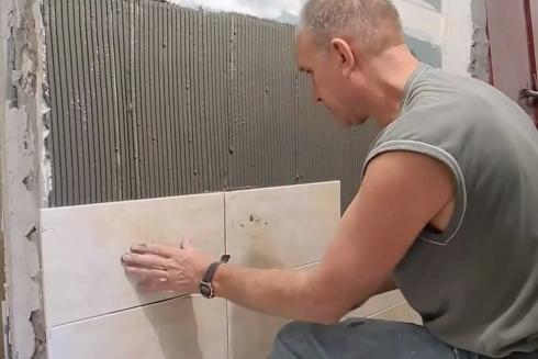 Как класть плитку на гипсокартон — инструкция, технология + Видео