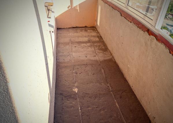 Как залить пол на балконе — пошаговая инструкция