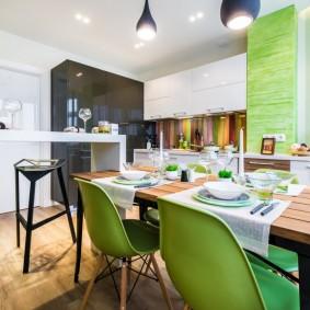 Кухонные стулья с пластиковыми стульями