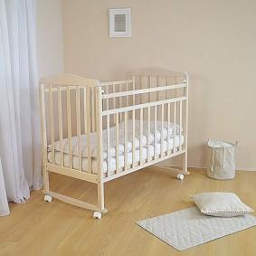 Фото прямоугольной кроватки для младенца