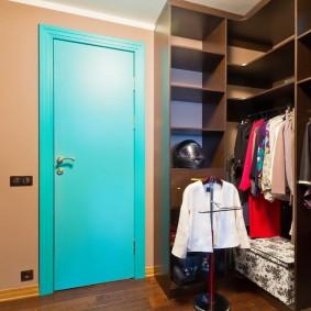 Обустройство гардеробной в углу комнаты