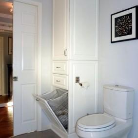 Угловой шкаф с отсеком для грязного белья