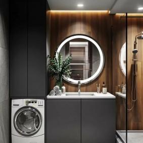 Ванная комната с серой мебелью