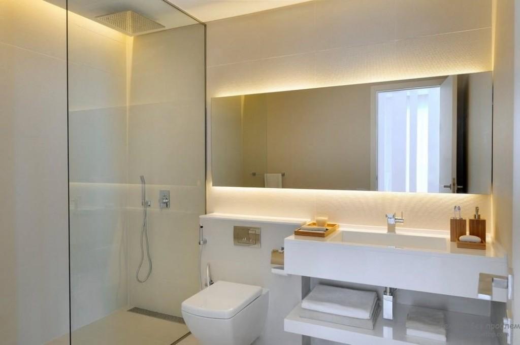 Красивая подсветка зеркала в ванной современного стиля интерьера