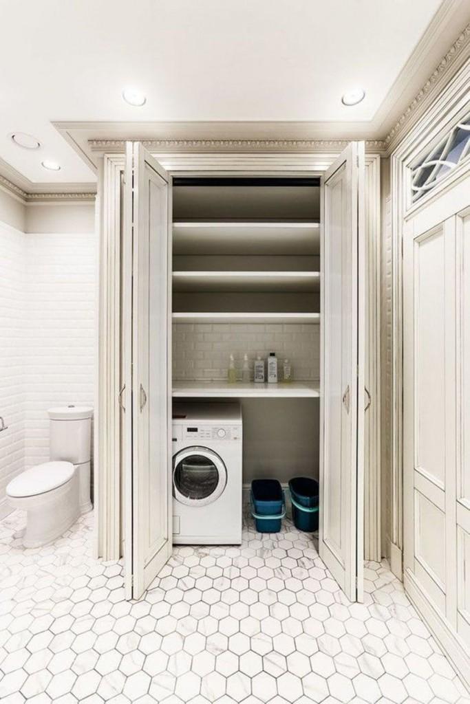 Двери-гармошка на встроенном шкафу со стиральной машиной