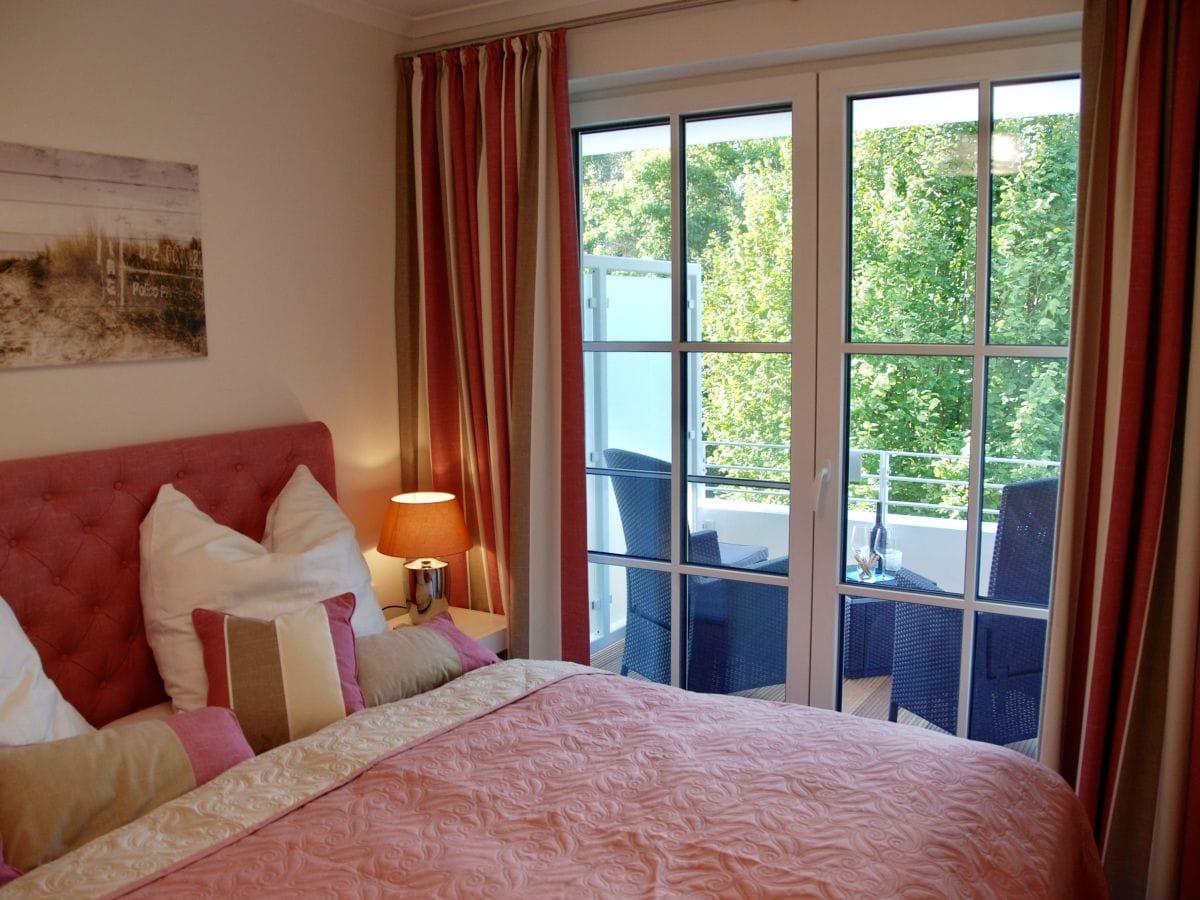 дизайн спальни с балконом в квартире