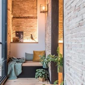 Декоративная подсветка в интерьере балкона