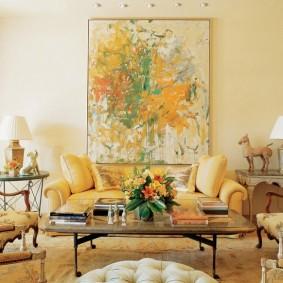 Зона отдыха в гостиной современного стиля