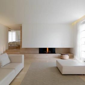 Меблировка гостиной комнаты в стиле минимализма