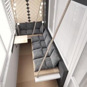 Подвесные скамейки на лоджии в квартире