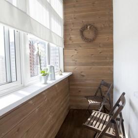 Отделка досками стен лоджии в двухкомнатной квартире