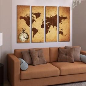 Карта мира на модульных картинах в зале