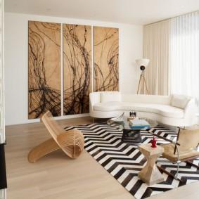 Зонирование гостиной ковриком с полосками