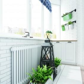 Дизайн небольшого балкона с батареей отопления