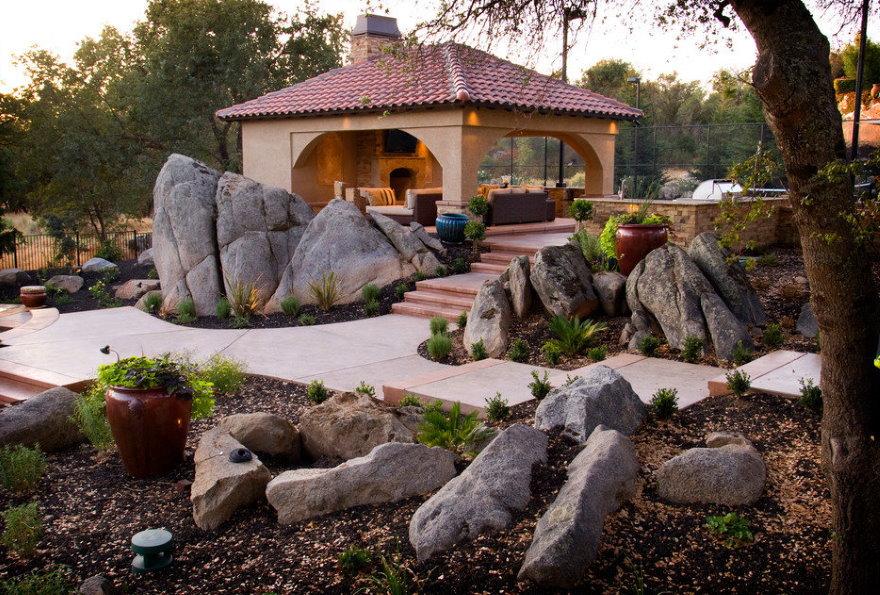 33392 Использование декоративных камней в ландшафтном дизайне сада