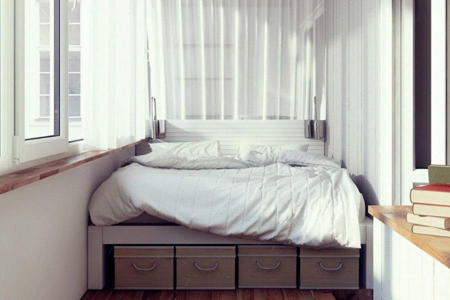 Обустройство спальни на теплой лоджии
