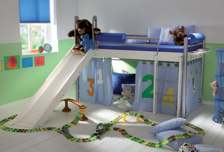Кровать с горкой для ребенка дошкольного возраста