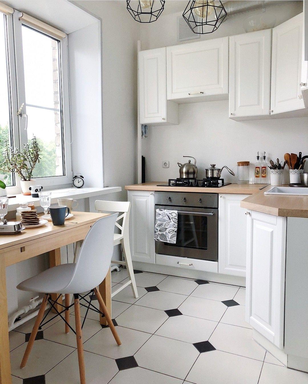 белая угловая кухня в хрущевке