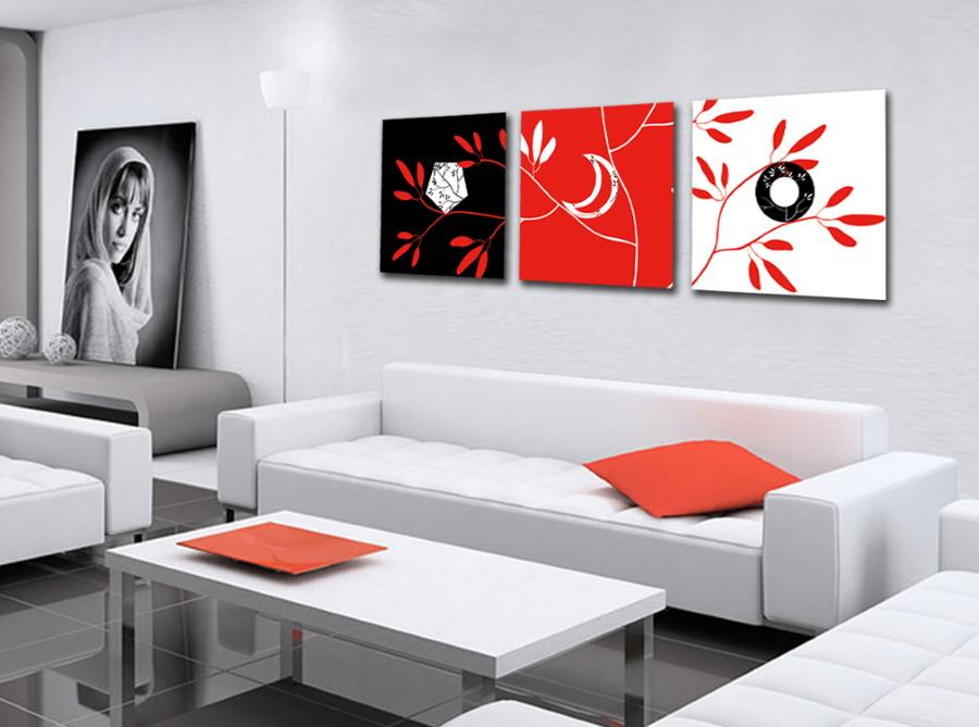 Акцентные картины в интерьере гостиной комнаты