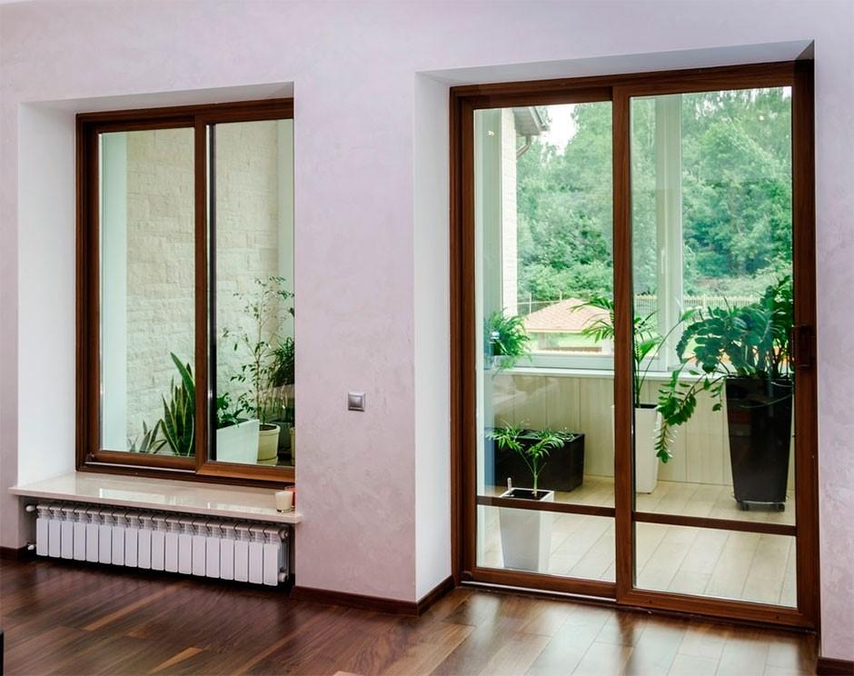 Виды балконных дверей и уход за ними