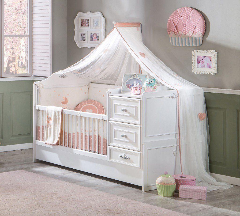 детская кровать с пеленальным столиком и балдахином