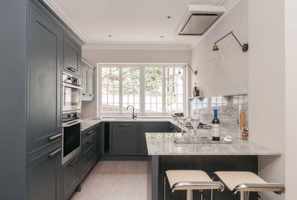 дизайн кухни 12 кв м с окном