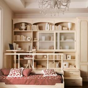 Встроенная мебель в интерьере квартиры