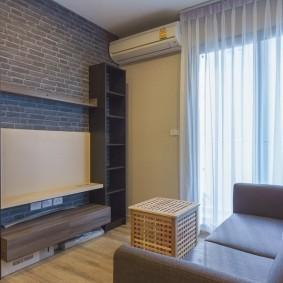 Корпусная мебель в маленькой гостиной