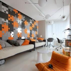Декор стены комнаты панелями в стиле пазлов