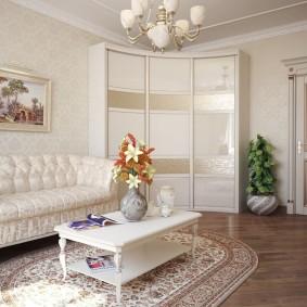 Интерьер классической гостиной со шкафом углового типа