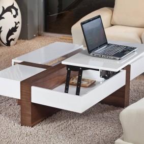 Стол-трансформер для работы в гостиной