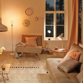 Мягкое освещение в комнате отдыха