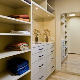 гардеробная комната 4 кв м варианты идеи