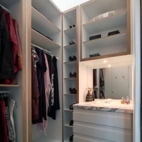 гардеробная комната 4 кв м идеи интерьер