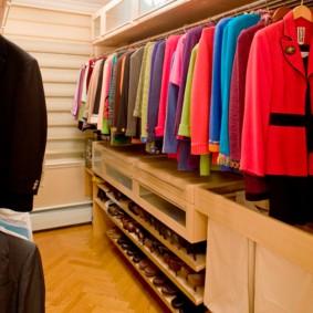 гардеробная комната 4 кв м идеи фото