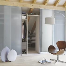 гардеробная комната 4 кв м виды декора