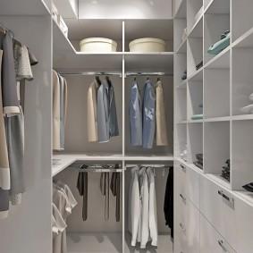 гардеробная комната 4 кв м фото декора