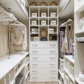гардеробная комната 4 кв м дизайн