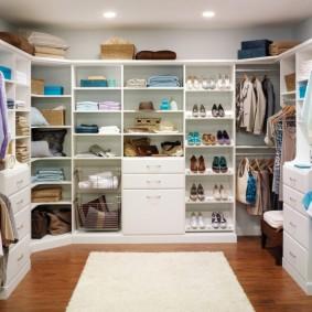 гардеробная комната в квартире идеи декора