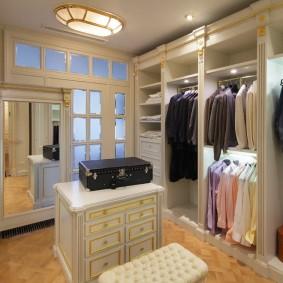 гардеробная комната в квартире интерьер фото
