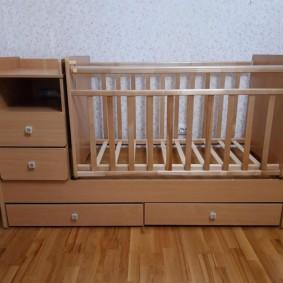 кроватка с пеленальным столиком фото виды