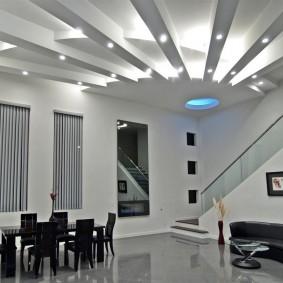 освещение комнат в квартире варианты