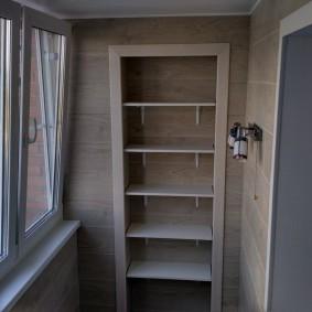 отделка балкона ламинатом фото интерьер