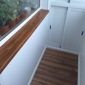 отделка балкона ламинатом оформление